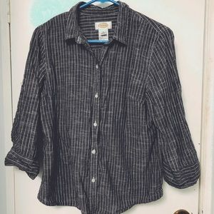 Gray button up with mid length sleeves